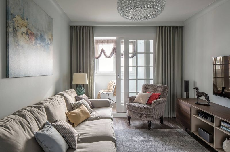 Дизайн штор для комнаты с балконом